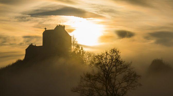 Da Fog & da Castle